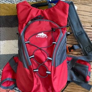 2 liter hydration pack never used